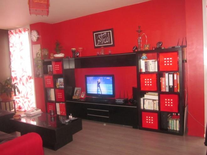 Salon Moderne 2015 Francais : Decoration salon moderne noir et rouge ...